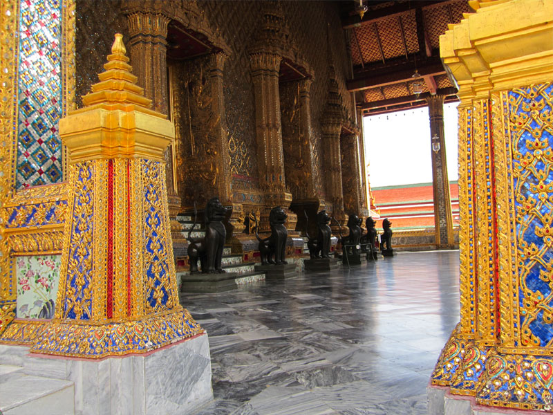 the-grand-palace-02