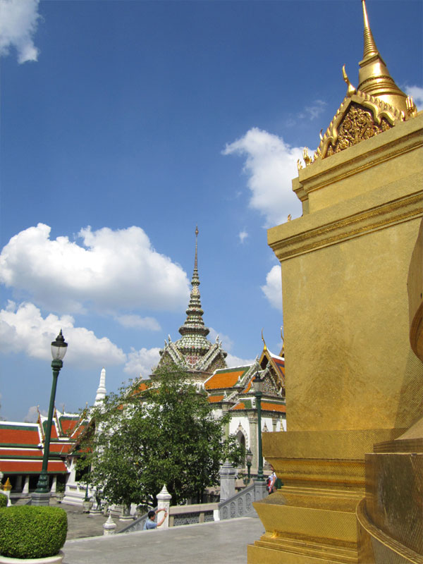 the-grand-palace-bangkok-thailand-02