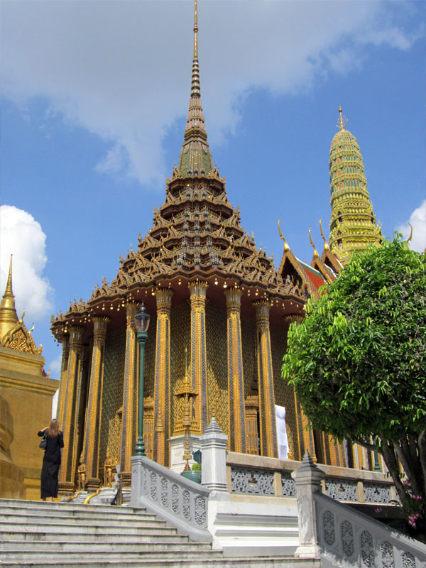 the-grand-palace-thailand-01