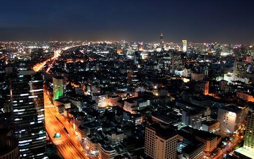 down-town-bangkok-param-6-expressway