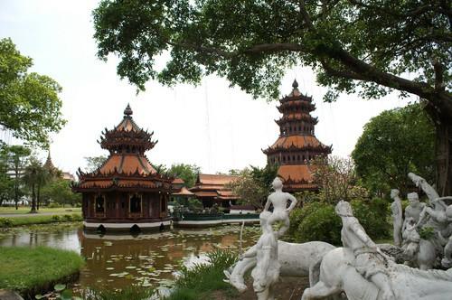 Phra Kaew Pavilion At Muang Boran