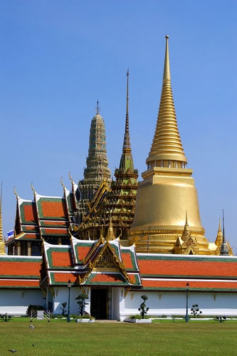 Wat Phra Kaeo The Temple Of The Emerald Buddha - Bangkok Thailand