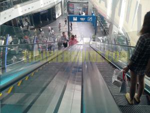 terminal 21 shopping center elcalators2